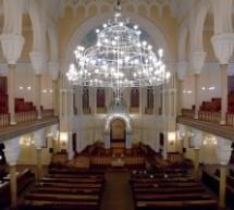 ייצור בימות תפילה איכותיות לבית כנסת