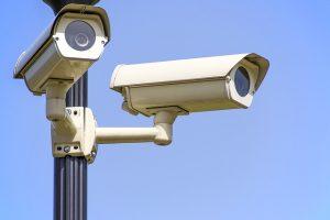 מתקין מוסמך של מצלמות אבטחה לבית ולעסק