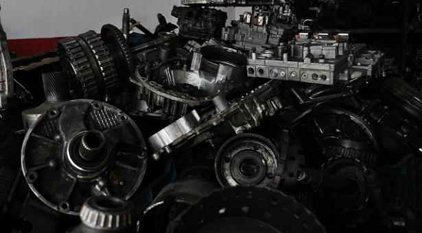פירוק רכבים ומה שביניהם