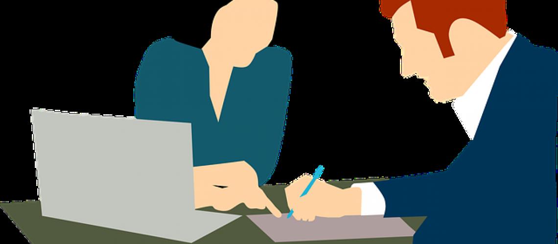 בדיקת ביטוח עם סוכן ביטוח
