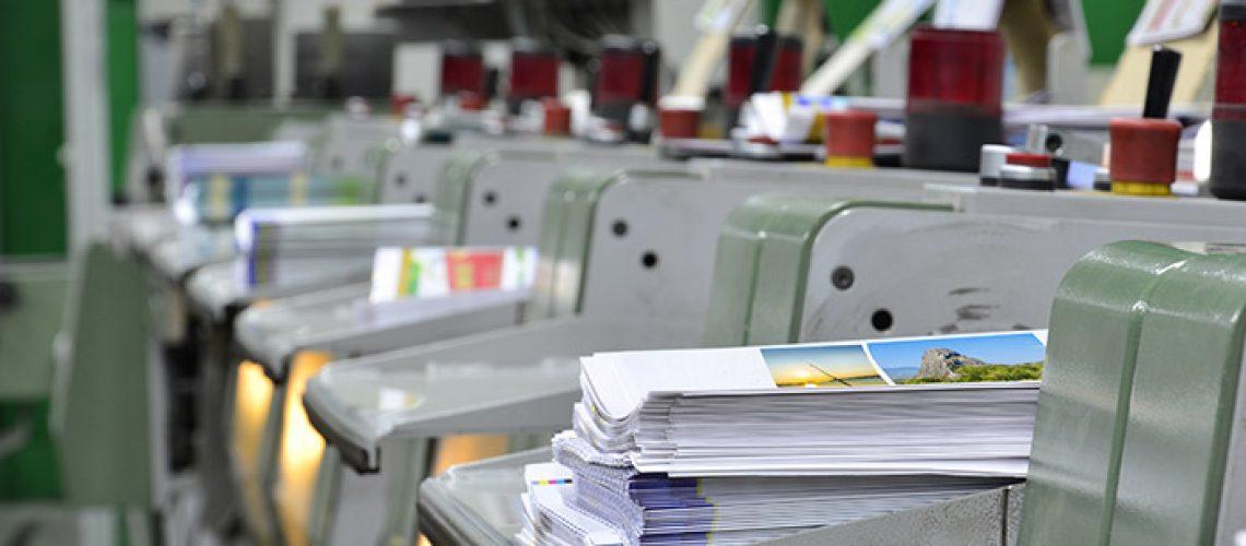 הדפסת קטלוגים